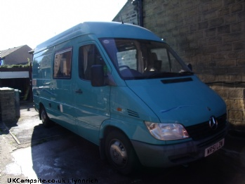 Mercedes Sprinter  213 CDi Automatic MWB, 2 berth, (2002)