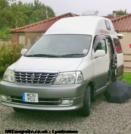 Wellhouse Grande Hiace, 2 berth, (2002)