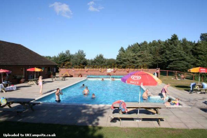 Wareham forest tourist park wareham campsites dorset - Public swimming pools bournemouth ...