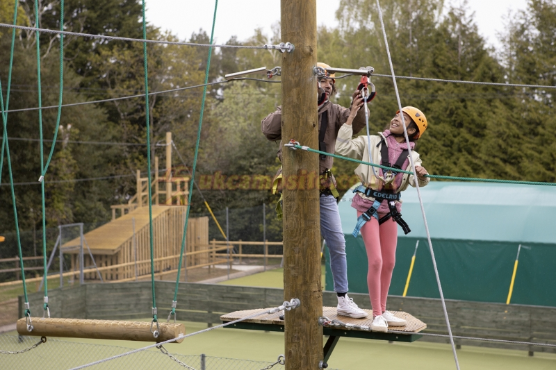 Sandford holiday park parkdean resorts poole - Camping sites uk with swimming pools ...