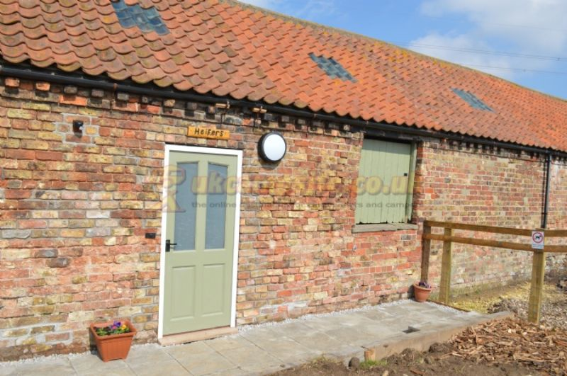 Reviews of butt farm caravan and camping site beverley for Quirky shopping sites