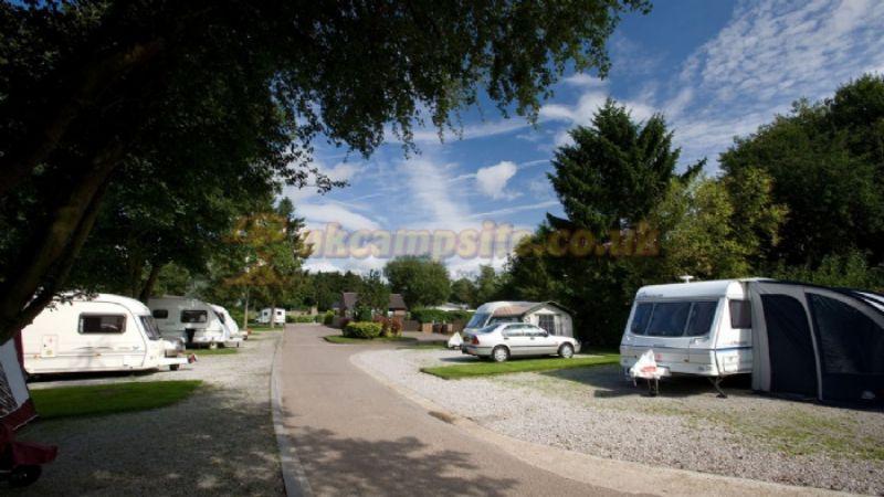 Chatsworth Park Caravan And Motorhome Club Site Bakewell