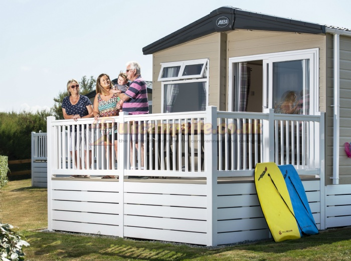 Campsites In Cornwall Near Beach For Groups