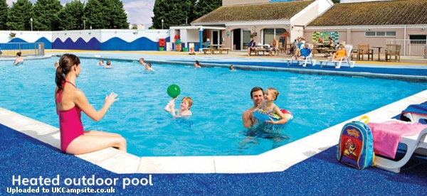 Kiln park holiday centre haven holidays tenby - Camping sites uk with swimming pools ...