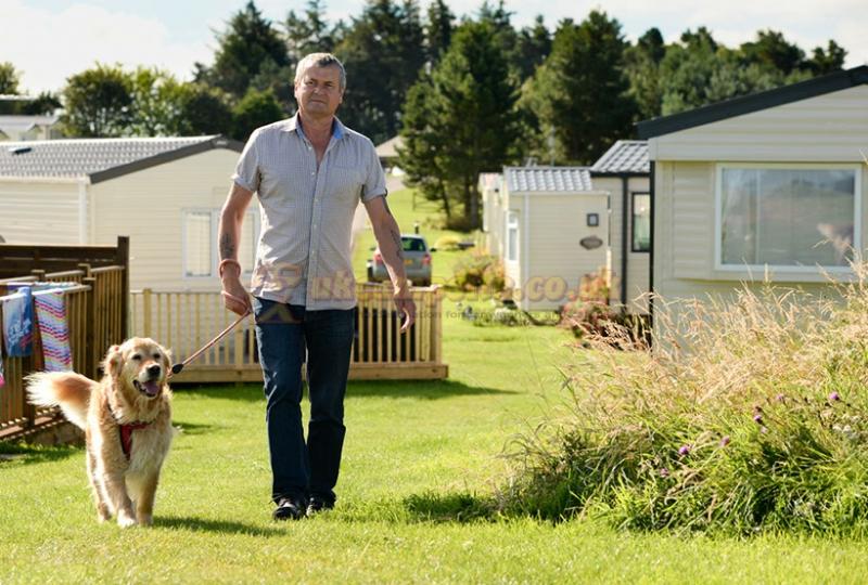Waren caravan camping park bamburgh campsites - Camping sites uk with swimming pools ...