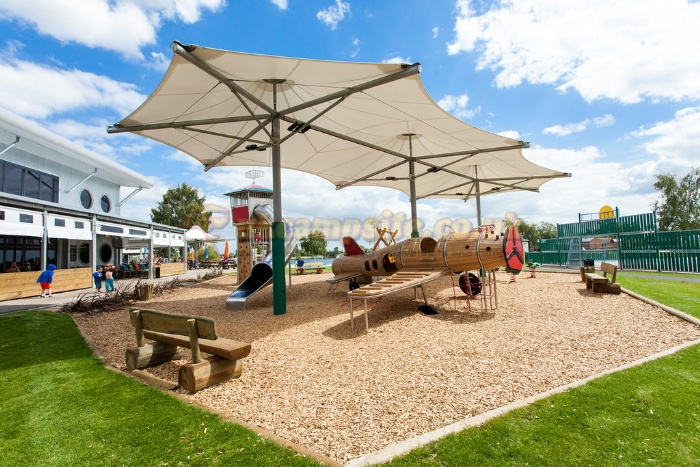 Tattershall Lakes Country Park Tattershall Campsites Lincolnshire
