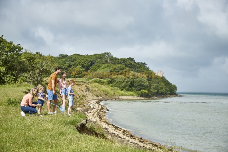 Thorness Bay Holiday Park  Parkdean Resorts   Cowes Campsites