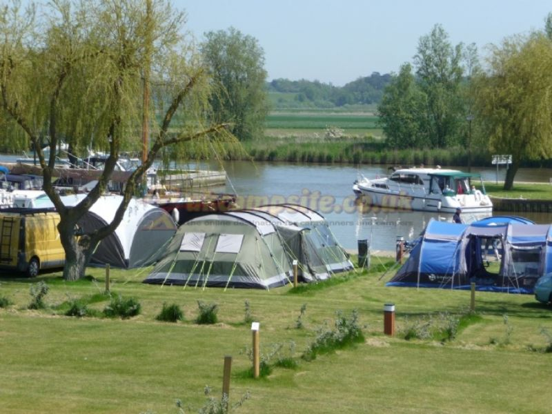 Reviews of waveney river centre burgh st peter norfolk - Campsites in norfolk with swimming pool ...