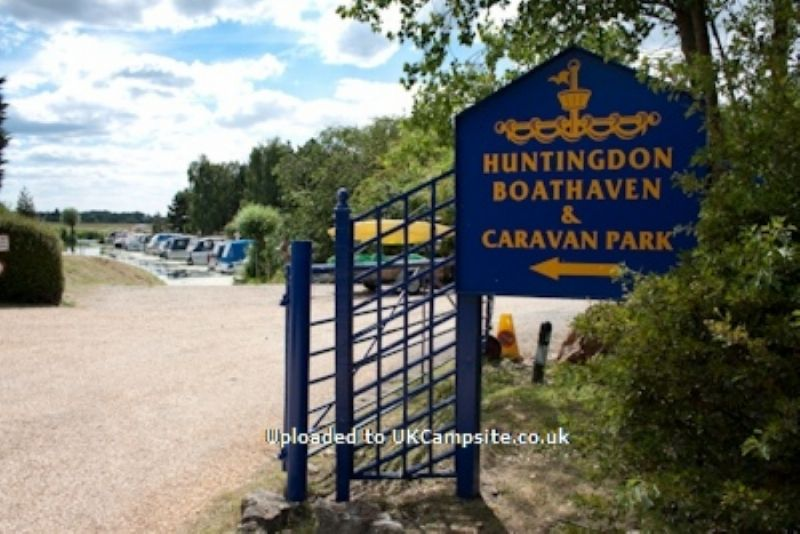 Huntingdon Boat Haven & Caravan Park