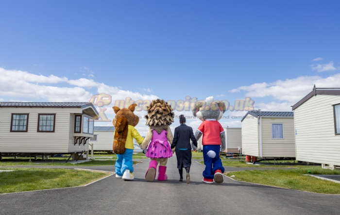 3 Reviews of Harts Holiday Park ( Park Holidays Uk ) , Isle Of Sheppey, Kent  Campsite. Review score 7/10