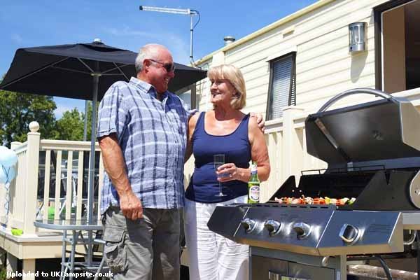 Awesome Seaview Kent  Static Caravan Holiday Park Hire