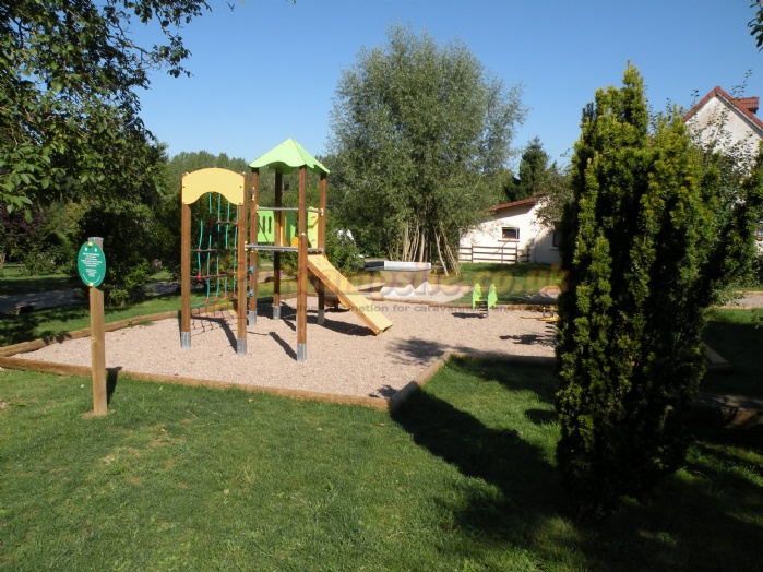 Camping hautoreille haute marne campsites champagne ardenne for Camping champagne ardennes avec piscine