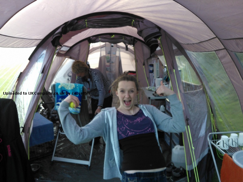 Member Uploaded Images - click to enlarge  sc 1 st  UK C&site & Outwell Nevada 8 XLP 2012 Tent Reviews and Details