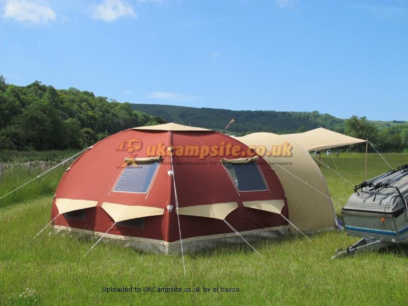 Karsten 300 Standard Pod Tent Reviews And Details