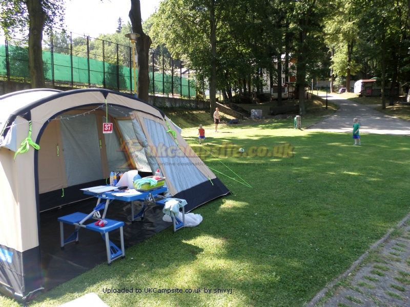 Kampa Croyde 6 Air Tent Reviews And Details Page 2