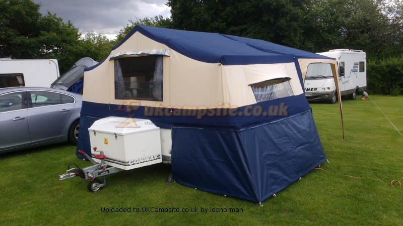 trailer tent bed feet