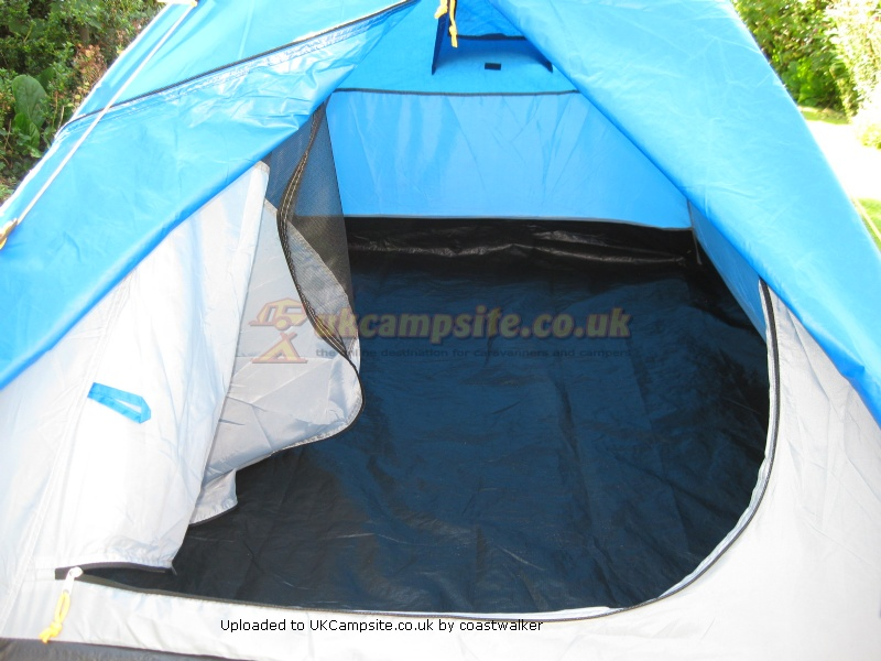 Member Uploaded Images - click to enlarge & Regatta Zeefest Tent Reviews and Details
