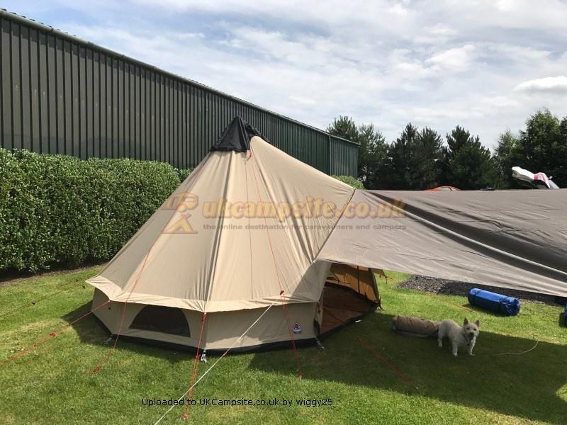 ROBENS KLONDIKE 6 Person Tipi Tent