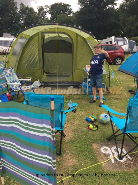 Vango Langley 400 Tent Reviews and Details