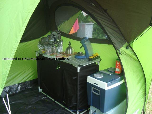 Quechua Base Seconds Utility Tent Tarp Reviews And Details