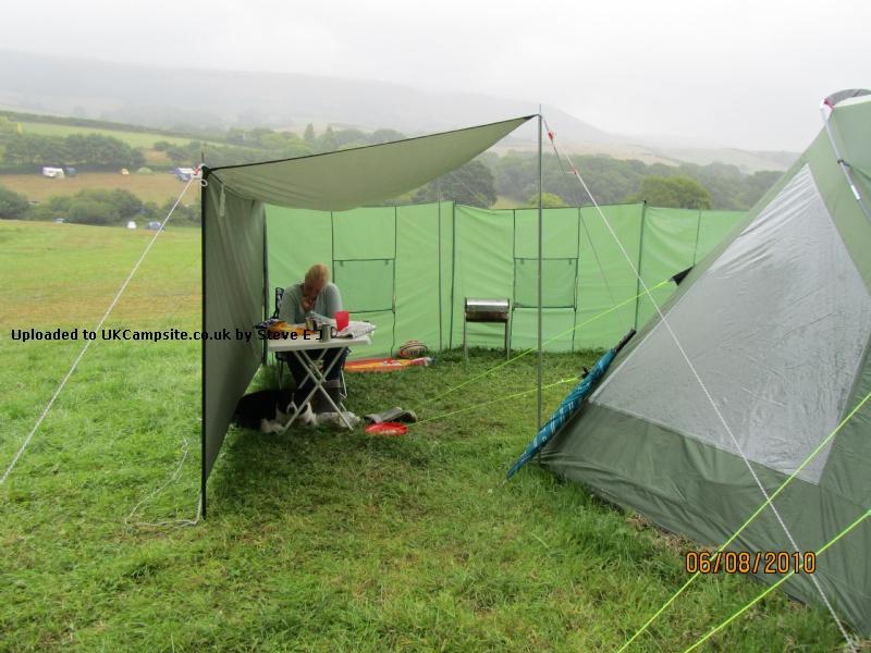 Putting up a large tarp