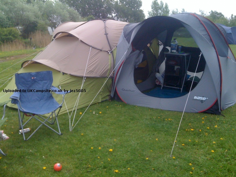 Quechua Base Seconds 4 2 Tent Reviews And Details