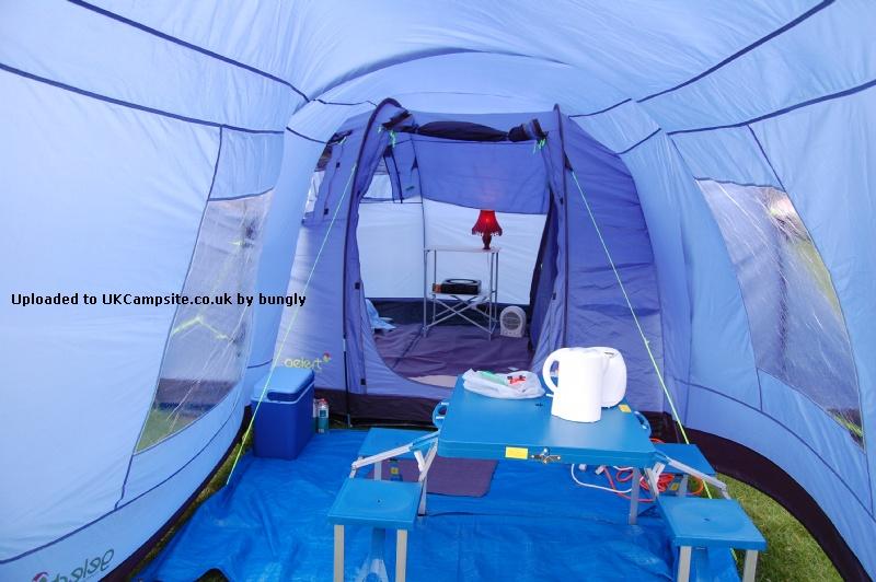 Gelert Vector 8 Tent Reviews And Details
