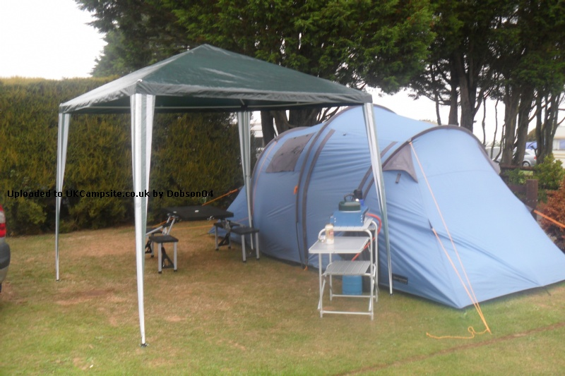 Member Uploaded Images - click to enlarge & Halfords Family 4 Man Tent Reviews and Details
