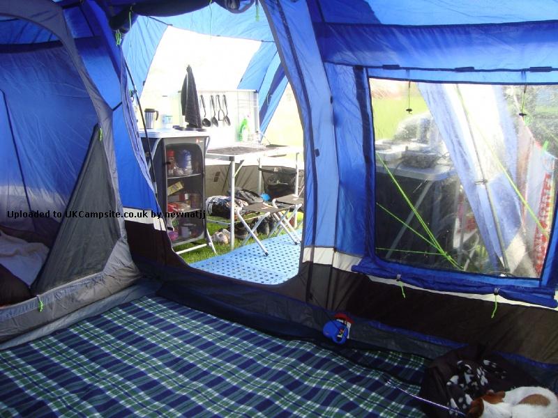 Hi Gear Kalahari 8 Eclipse Elite Tent Reviews And Details