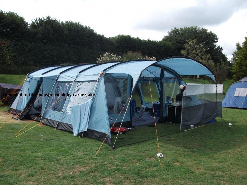 Vango Amazon 800 Tent Reviews and Details