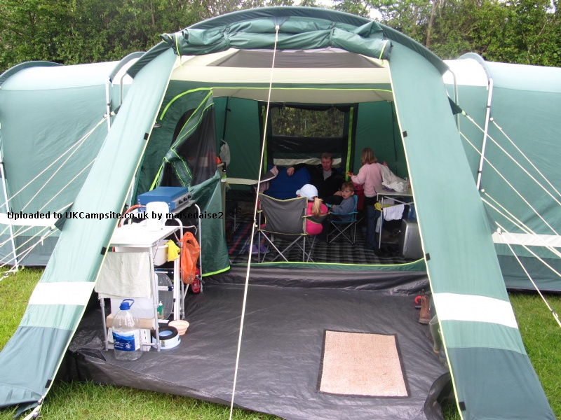 Kampa Tenby 8 Tent Reviews And Details