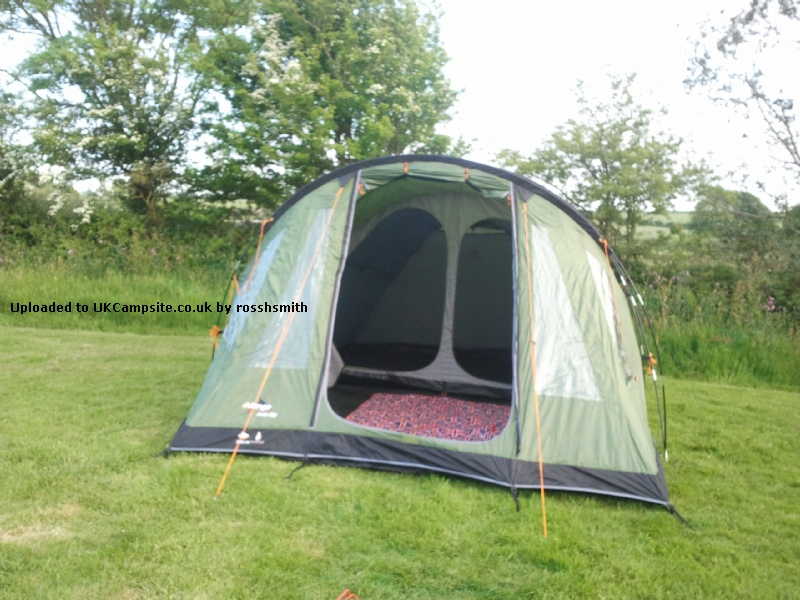 Vango Aura 400 Tent Reviews And Details